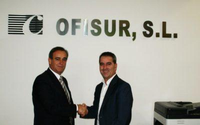 Ofisur S.L. renueva su compromiso con el Jaén Paraíso Interior FS